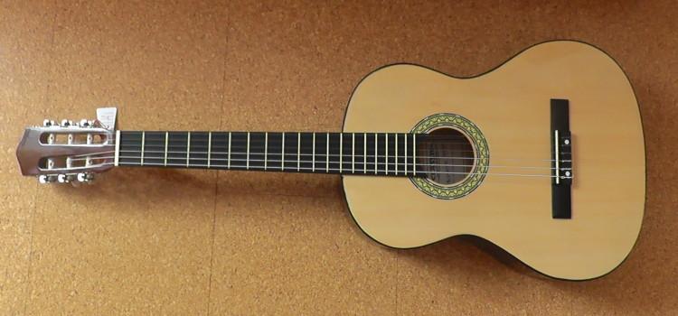 Classic Cantabile 00031263 AS-851 4/4 Konzertgitarre Starter Set