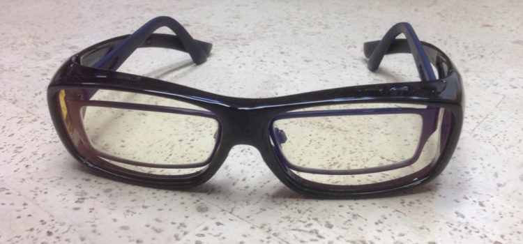 Rezension: Duco bluelightprotect computerbrille Gaming Brille Überbrille für Brillenträger Fit-over Brille