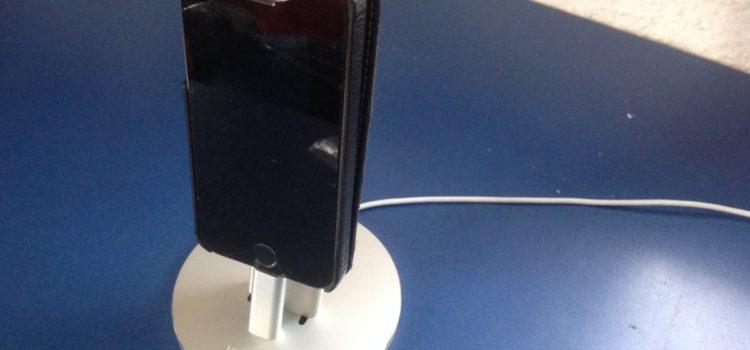 Test: Winhi Aluminium iPhone Ladestation